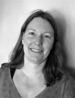 <p><strong>Sara Ohlsén Johansson</strong>, Förbundssekreterare<br></p> <p>Tfn arb dir: 018-545252<br>E-post: sara.ohlsen(a)aktivungdom.se</p>